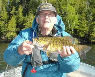 smallmouth trophy lodges in canada