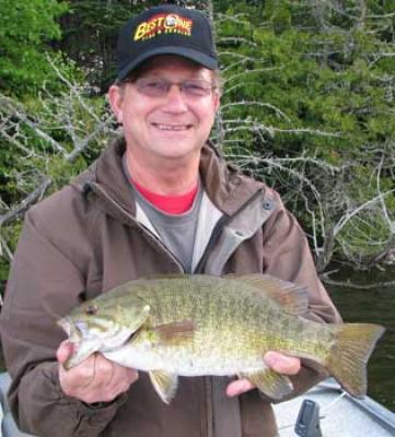 Great Smallmouth fishing lodge in Canada