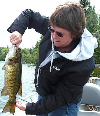 18-inch Smallmouth Bass Fishing at Fireside Lodge Canada