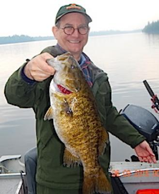 Super BIG Trophy Smallmouth Bass Fishing at Fireside Lodge in Canada