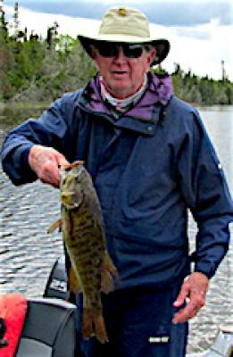 21-inch Trophy Smallmouth Bass Fishing at Fireside Lodge in Canada