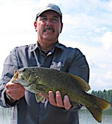 Experienced Trophy Smallmouth Bass Fishing at Fireside Lodge in Canada
