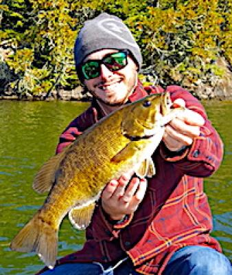 Fat Fall Trophy Smallmouth Bass Fishing at Fireside Lodge in Canada