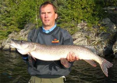pike fishing lodges trophy
