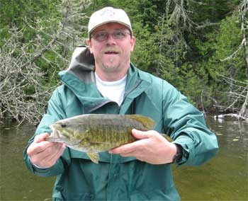 great smallmouth bass fishing lodge in canada
