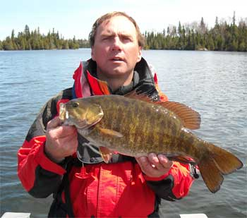 ontario trophy smallmouth bass lodge