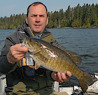 25 BIG Smallmouth Bass Like Fishing in a few Hours at Fireside Lodge