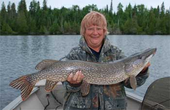 lodge in canada with northern pike
