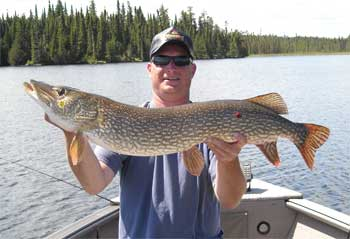 pike trophy lodge in northern Ontario