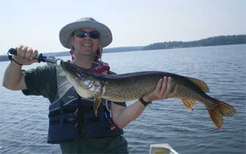 big northern pike fishing lodge ontario