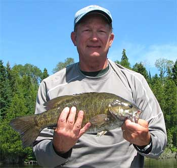 BIG Trophy Smallmouth Bass Fishing Fireside Lodge Canada