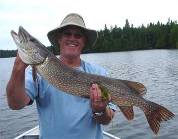 northern pike trophy fishing lodge