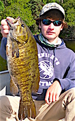 MONSTER 20-inch Trophy Trophy Smallmouth Bass Fishing by Henry Ziletti