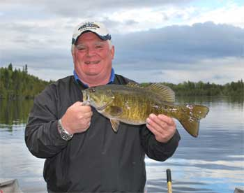 giant smallmouth bass in ontario lakes