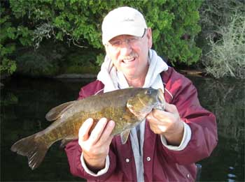 Caught 4 Trophy Smallmouth Bass Fishing at Fireside Lodge Canada