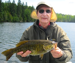 Kent Fishing Trophy Smallmouth Bass at Fireside Lodge Canada