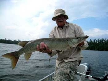 ladies muskie fishing lodge in canada