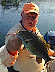 Bill Fishing BIG Smallmouth Bass at Fireside Lodge in Canada