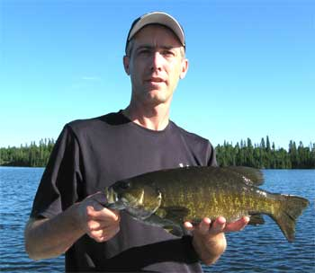 trophy smallmouth bass lodge in ontario