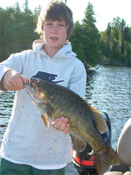 Smallmouth Bass Trophy Canada